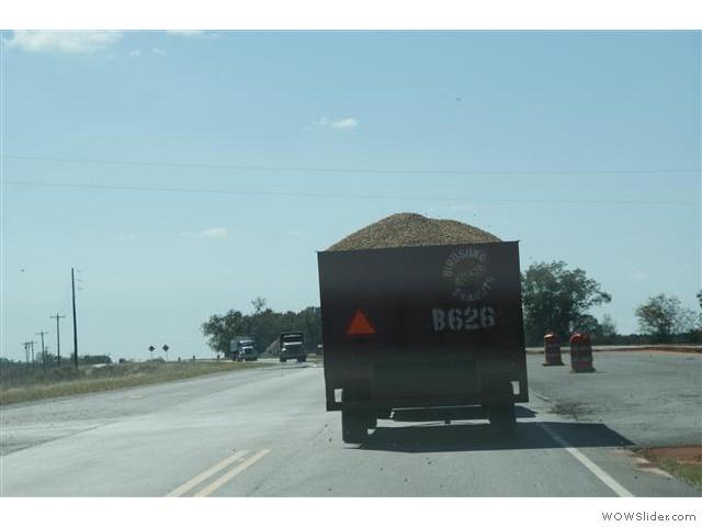 pinda's op weg naar de fabriek