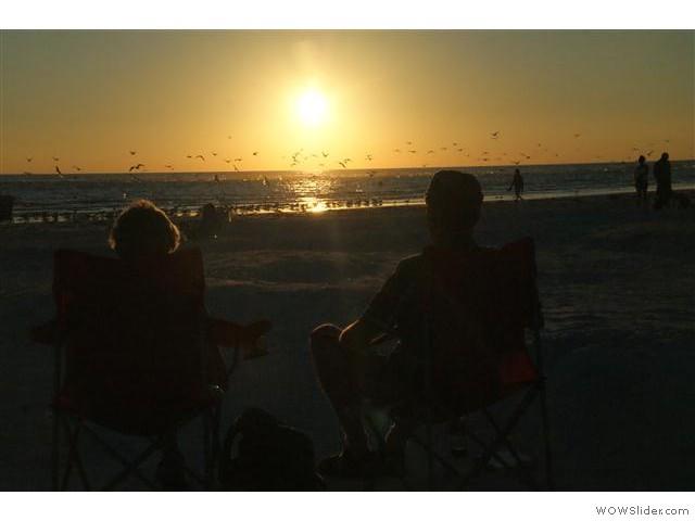 de zon gaat onder op Siesta Key