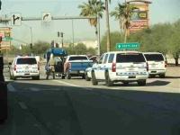 politie op volle sterkte, maar liefst vier auto's